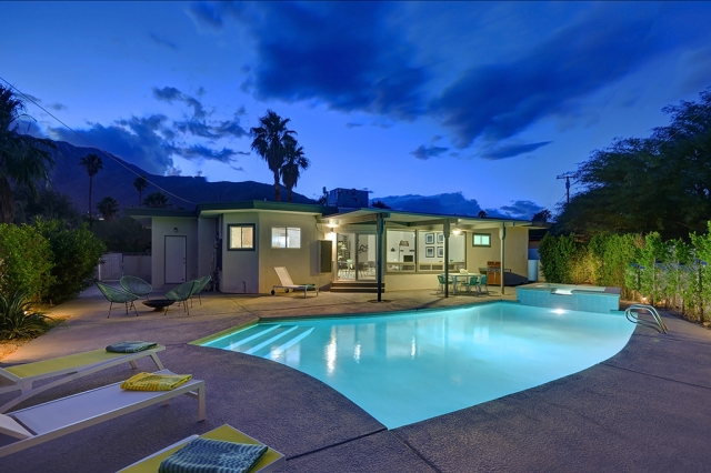 Top 10 Holiday Vacation Homes In The Palm Springs Area Palm Springs Vacation Rentals Blog