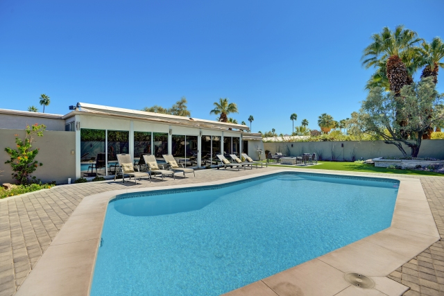The Cascades Retreat • Central Palm Springs CA • Vacation Rental Pool Home